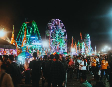 carnival-crowd-enjoyment-724500